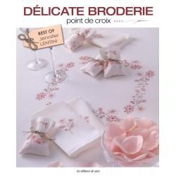 Délicate Broderie